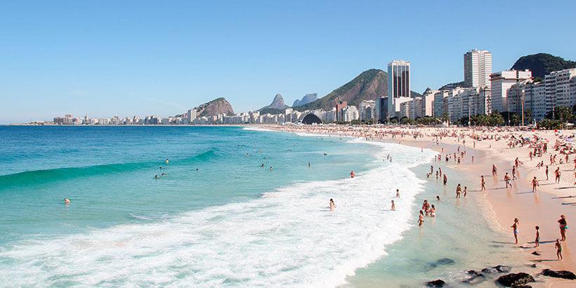 Se hospede na praia de Copacabana no rio de janeiro com o airbnb