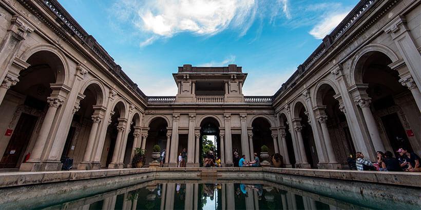 Conheça o Jardim Botânico do Rio de Janeiro e fique maravilhado com sua estrutura